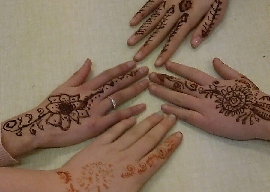 Meidenclub: Henna avond