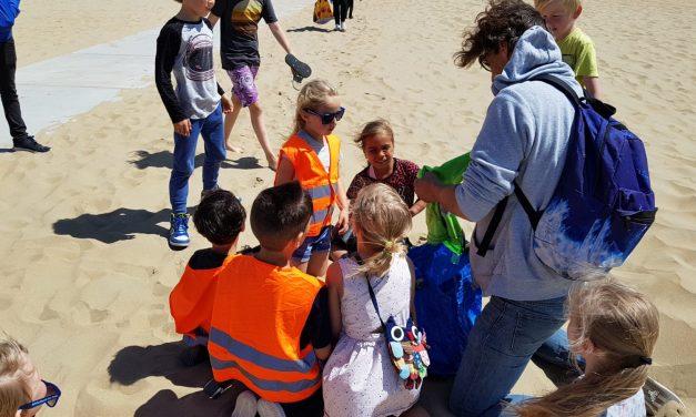 Woensdagmiddag: Opening StrandBibliotheek en Trashure Hunt